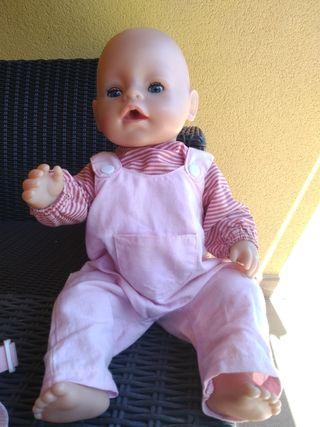 Muñeco Baby born