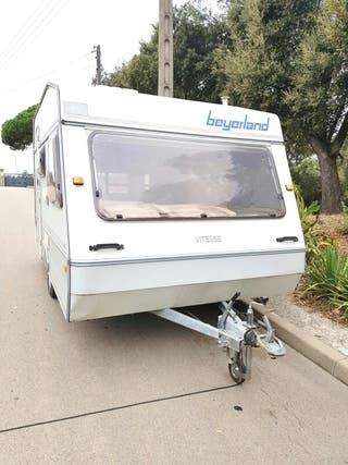 caravana Beyerland menos de 750 kg