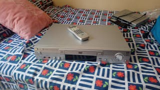 Reproductor multimedia DVD/CD/mp3