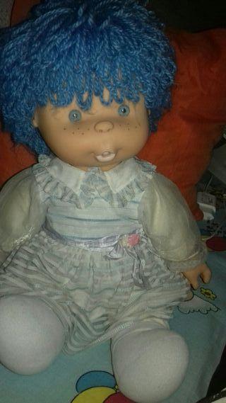 Muñeca chochona gisela de famosa