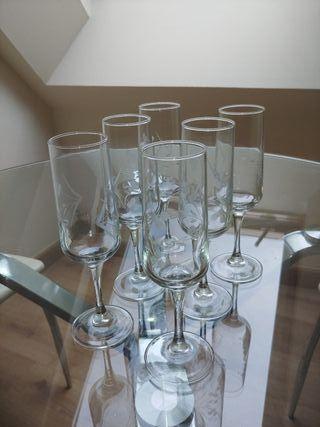 Copas de cristal de Champagne.