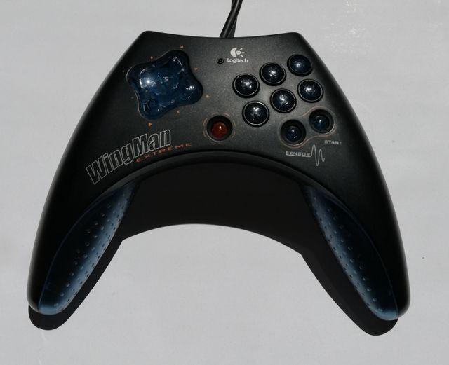 Mando para PC marca Logitech (WingMan extreme)
