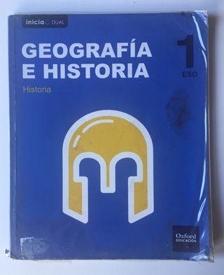Libro escolar de Geografía e Historia.