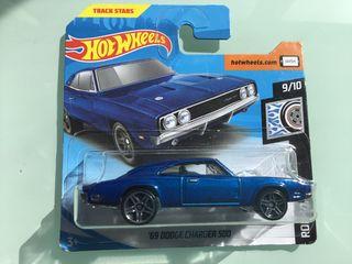 Hot wheels Dodge Charger 500 del 69
