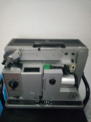 proyector 16mm Bauer P7