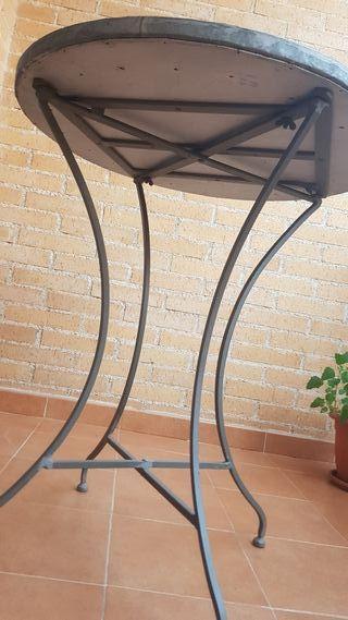 Mesa forja y piedra, terraza, jardín o interior