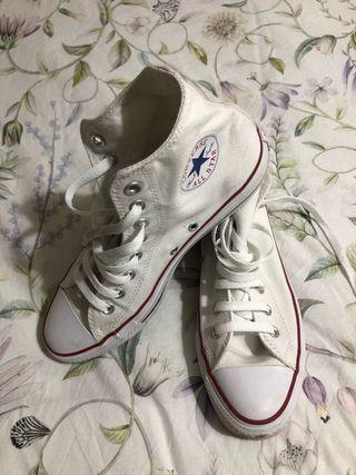 Zapatillas. Converse