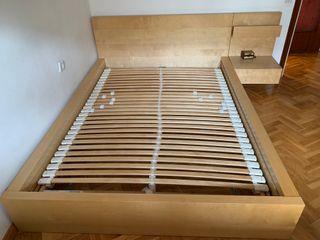 Cama Ikea 140cm + 2 mesitas de noche + colchon