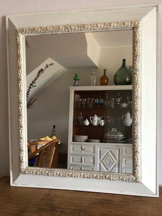 Espejo vintage blanco 66 x 77