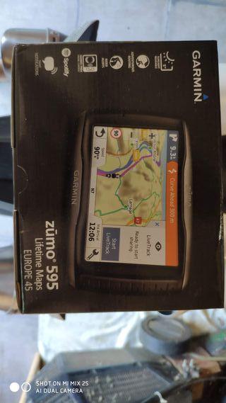GPS Garmin Zumo 595 + Givi S954B