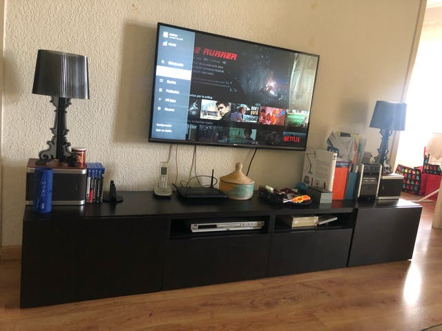 Mueble TV ikea. 2 modulos