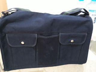 Bolsa de viaje Tommy Hilfiger, NUEVA.