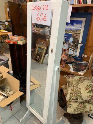Mueble espejo y almacenaje