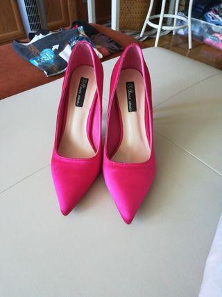 Zapatos salón fucsia