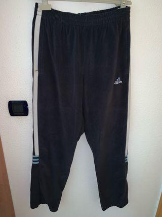 Pantalón chándal Adidas talla 180