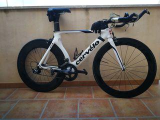 Bicicleta triatlón Cervelo P3