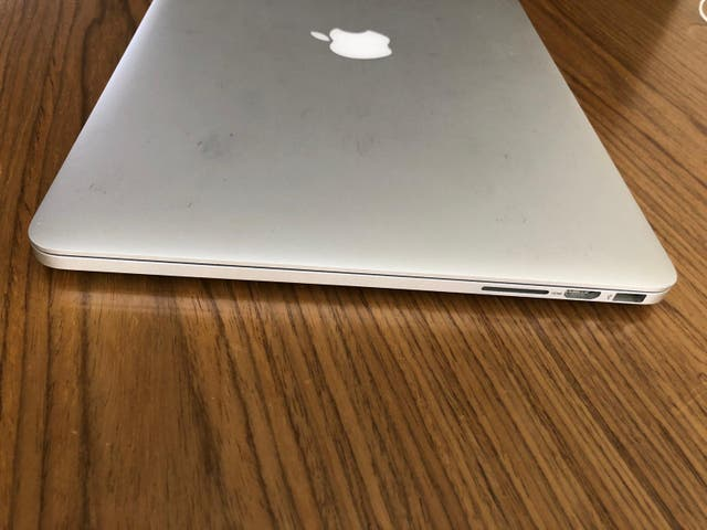 Ordenador portátil: MacBook Pro i7/250SSD