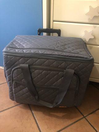 Transporte para máquina de coser,