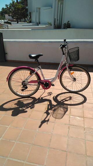 Bicicleta de 24 polzades. Velo.