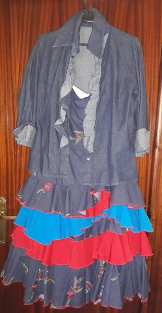 blusa y falda de flamenca