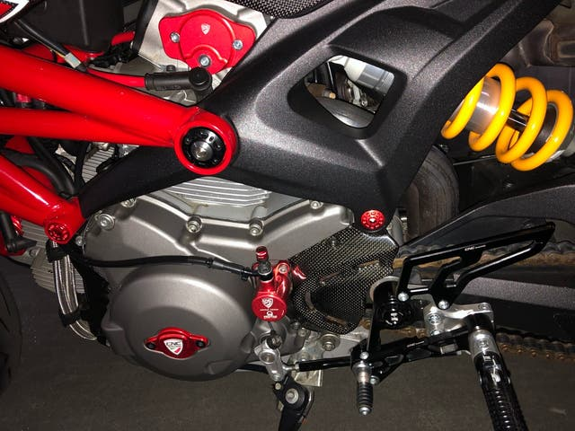 Tapas arboles levas CNC Racing.Ducati Monster 796