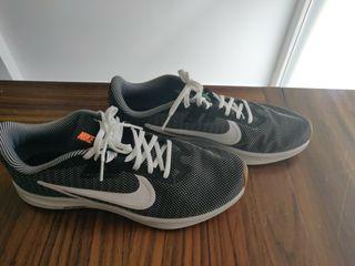Zapatillas Nike running de segunda mano en Burgos en WALLAPOP