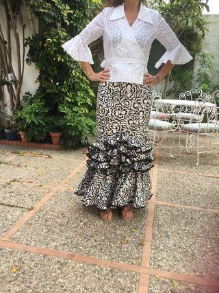 Falta y blusa Flamenca T 40