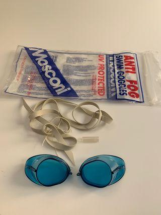 Gafas de natación. Nadar