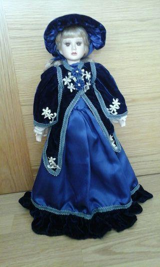 Muñeca de porcelana 44 cm