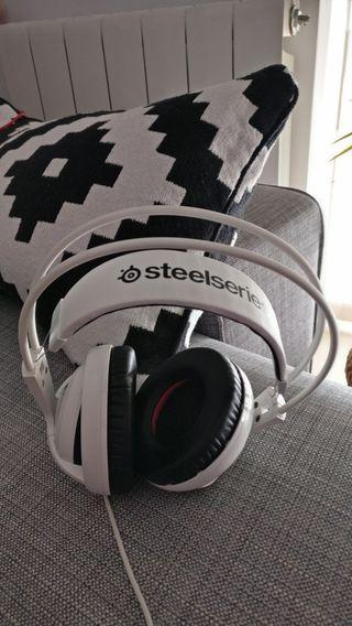 Auriculares SteelSeries Siberia 200