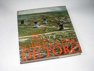 Fotografía Aerea: Sobre la Piel de Toro (1965)
