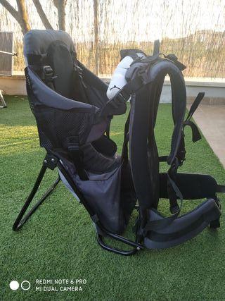 mochila porta bebés montaña