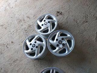 3 llantas de aluminio de 13 pulgadas orinales