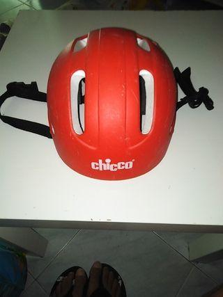 casco infantil chicco