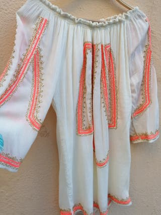 blusa bordado con pedrería