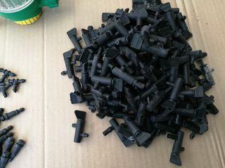 Kit riego por goteros + 100 piezas diversas