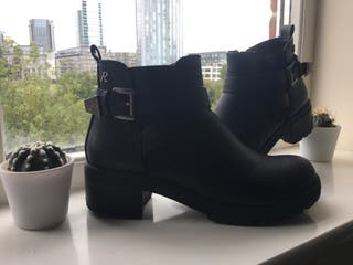 Boots Refresh 5 UK size