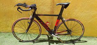Bicicleta triatlon ISAAC EFFICIENCY