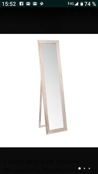 Espejo de pie de madera Maison du monde