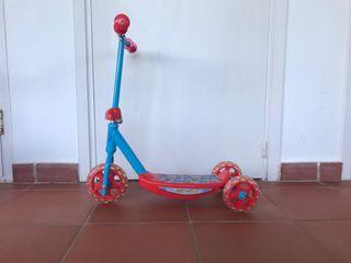 monopatín 3 ruedas