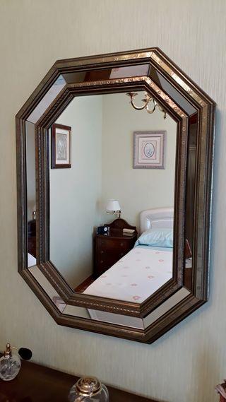 Espejo de latón dorado octogonal