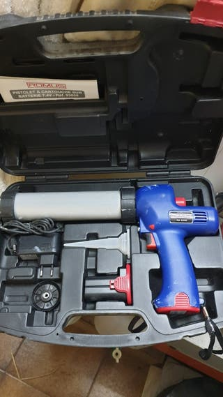Pistola de cartucho a batería.