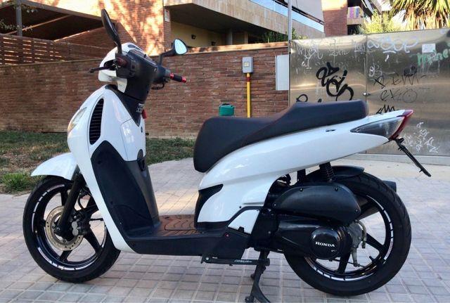 Honda sh!