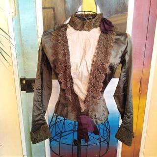 Increible Blusa de Seda y Encaje Mujer Siglo XIX