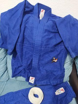 Kimono jujitsu sólo 2 puestas