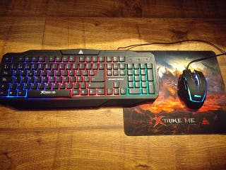 keyboard gaming and mouse with mouse pad gaming