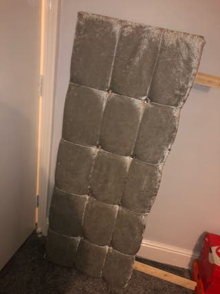 Double velvet bed with mattress