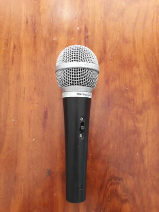 Micrófono profesional IMG STAGE LINE