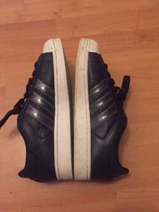 Adidas Superstar UK Size 8