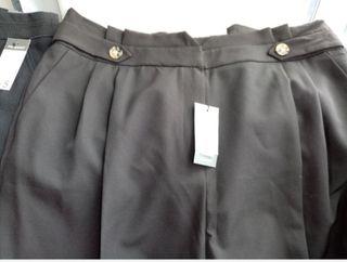 BRAND NEW BLACK PRIMARK PANTS IN SIZE 18